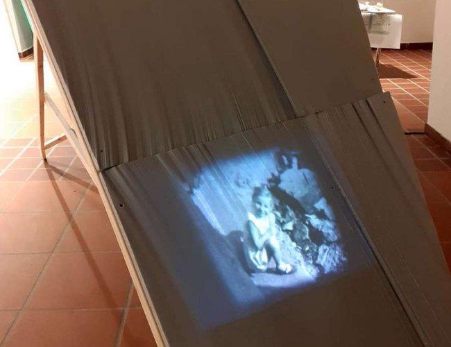 Ausstellungsansicht Detail (Video Angela klein)